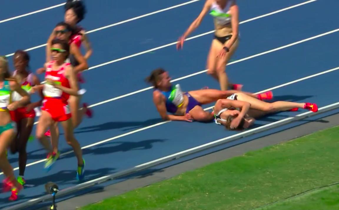 Nikki Hamblin and Abbey D'Agostino fall in 5000m Heat 2