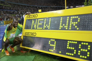 Usain Bolt 100m word record in Berlin 2009 world championship